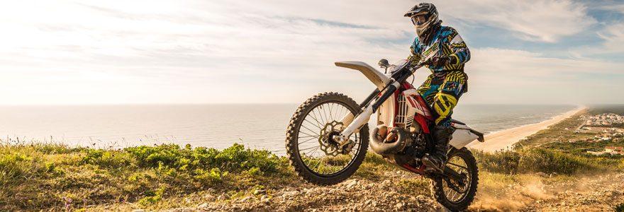 Comment poser un kit déco pour moto ?